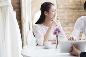 親族の結婚式|40代女性は和服とドレスどちらを選ぶべき?